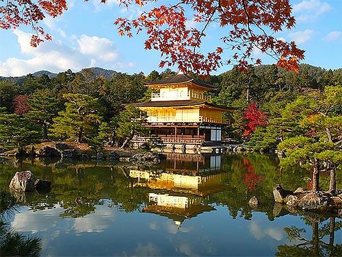 日本金閣寺