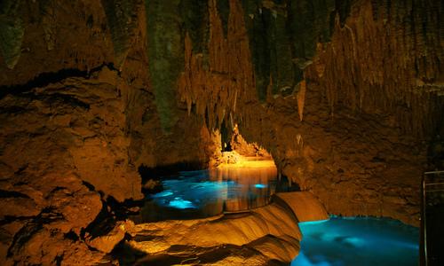 沖繩旅遊推薦玉泉洞