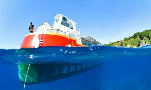 小琉球旅遊玻璃半潛艇