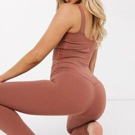 Nike Yoga Luxe cropped leggings in red